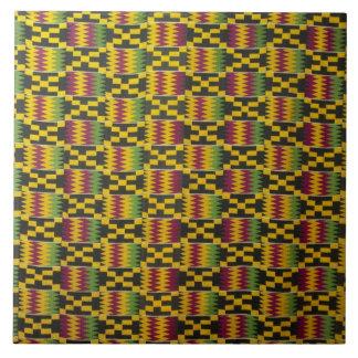 アフリカ、ガーナ、アクラ。 見なされる国立博物館2 タイル