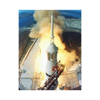 アポロ11月面着陸の進水のケネディ宇宙センター キャンバスプリント