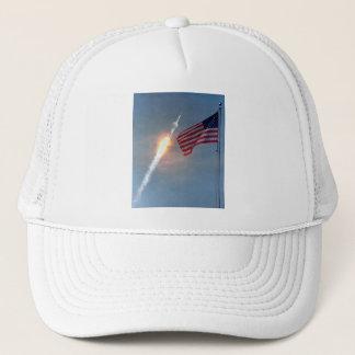 アポロ11進水、旗と、NASA キャップ