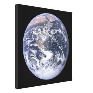 アポロ17から見られる惑星の地球 キャンバスプリント