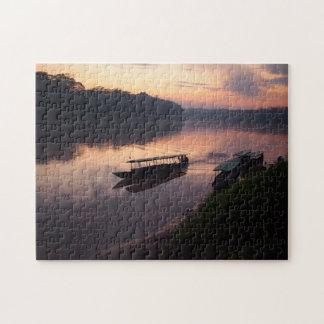 アマゾン雨林のジグソーパズルの川のボート ジグソーパズル