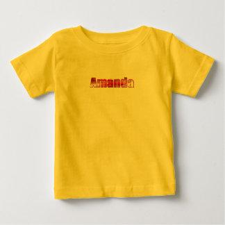 アマンダの黄色く短い袖のTシャツ ベビーTシャツ