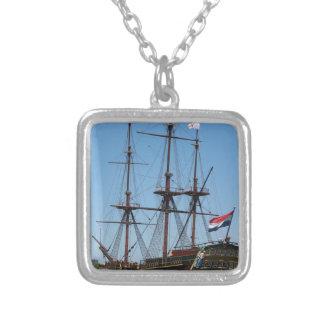 アムステルダムの木の帆船VOC -範囲 シルバープレートネックレス