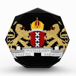 アムステルダムの紋章付き外衣 表彰盾
