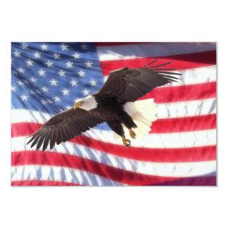 アメリカのワシ及び米国旗の招待状 カード