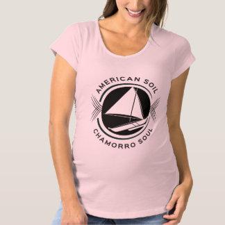 アメリカの土、Chamorroの精神の母性のティー マタニティTシャツ