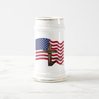 アメリカの旗を振り、険しい十字 ビールジョッキ