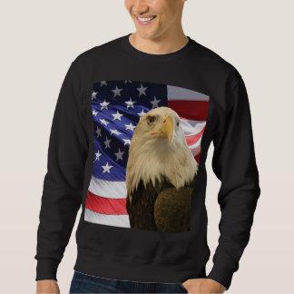 アメリカの白頭鷲および旗 スウェットシャツ