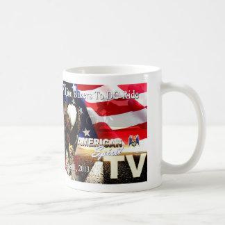 """""""アメリカの精神"""" TV 2mbtdcの乗車   9-11-2013のマグ コーヒーマグカップ"""