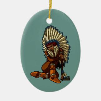 アメリカインディアンの女性の羽のトマホークピクセル セラミックオーナメント