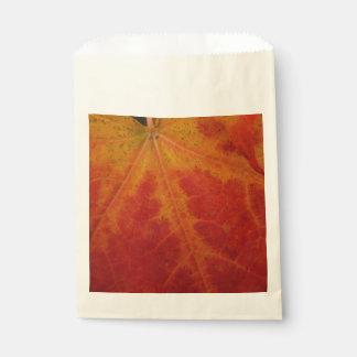 アメリカハナノキの葉の抽象芸術の秋の自然の写真撮影 フェイバーバッグ