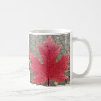 アメリカハナノキの葉 コーヒーマグカップ