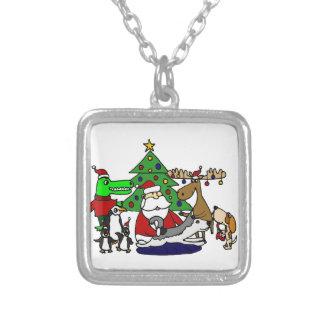 アメリカヘラジカおよびペンギンとのおもしろいなサンタのクリスマスの芸術 シルバープレートネックレス