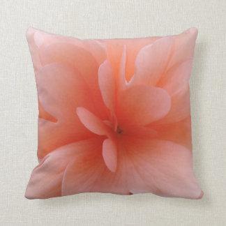 アメリカ人のMoJoの淡いピンクの枕 クッション