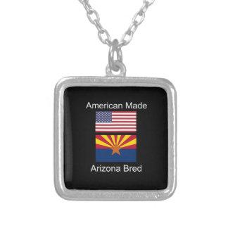 """""""アメリカ生まれ。アリゾナは""""旗および愛国心を繁殖させました シルバープレートネックレス"""