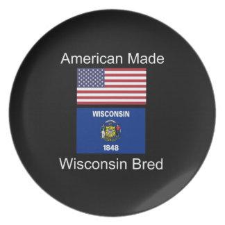 """""""アメリカ生まれ。ウィスコンシンは""""旗のデザインを繁殖させました プレート"""