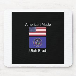 """""""アメリカ生まれ。ユタは""""旗および愛国心を繁殖させました マウスパッド"""