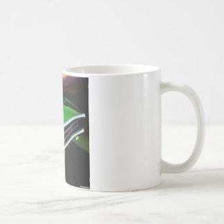 アメリカ筋肉車の充電器の緑 コーヒーマグカップ