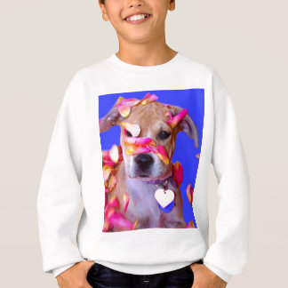 アメリカ(犬)スタッフォードテリアのボクサーの組合せの小犬 スウェットシャツ