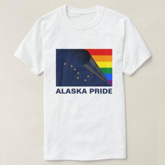 アラスカのプライドLGBTQの虹の旗 Tシャツ