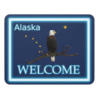 アラスカのワシおよび旗-歓迎 ドアサイン