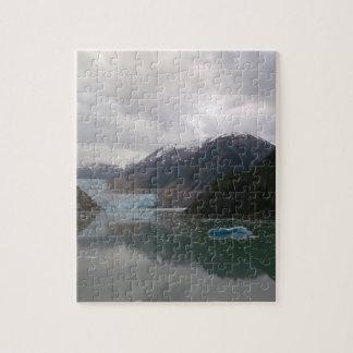 アラスカの氷山のデザインのパズル ジグソーパズル