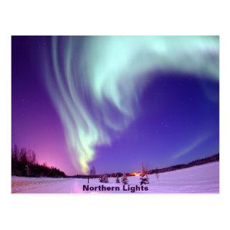 アラスカの空のNorthern Lightsの輝やき ポストカード