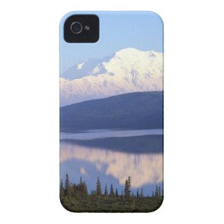 アラスカのMountain.jpg Case-Mate iPhone 4 ケース