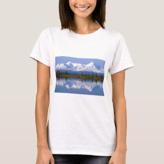 アラスカのMountians Tシャツ