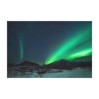 アラスカ上のNorthern Lights キャンバスプリント