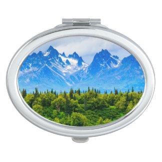 アラスカ威厳のあるな山