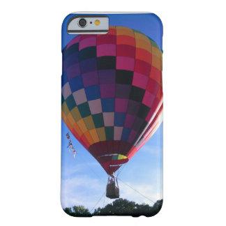 アラバマの記念祭の熱気の気球のiPhoneの場合 Barely There iPhone 6 ケース