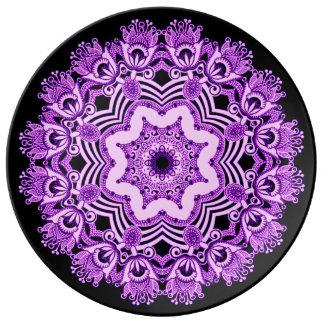 アラビアの紫色のレースのプレート 磁器プレート
