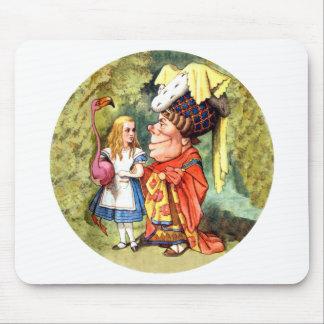 アリスおよび公爵夫人Play Flamingo Croquet マウスパッド