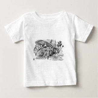 アリスおよび女王 ベビーTシャツ