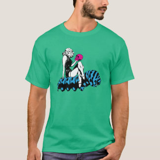 アリスおよび青い幼虫 Tシャツ