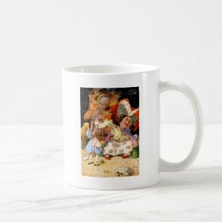 アリス、公爵夫人およびブタのベビー コーヒーマグカップ