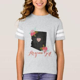 アリゾナの女の子のモノグラム、数及び移動可能なハート Tシャツ
