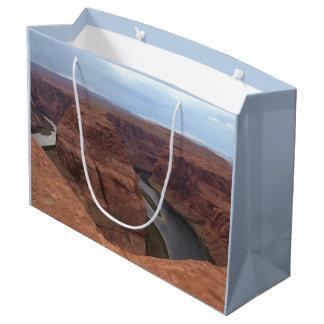 アリゾナ-蹄鉄のくねりAB -赤い石 ラージペーパーバッグ