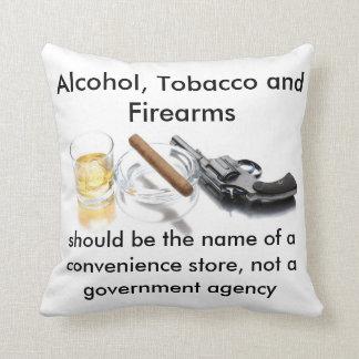 アルコール、タバコおよび火器 クッション