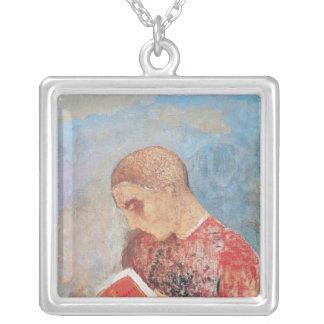 アルザスか、修道士の読書、c.1914 シルバープレートネックレス