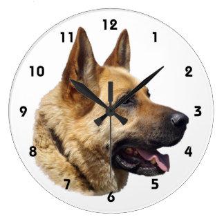 アルザスのジャーマン・シェパードのポートレート ラージ壁時計