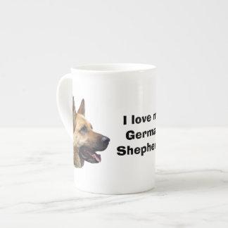 アルザスのジャーマン・シェパード犬のポートレート ボーンチャイナカップ