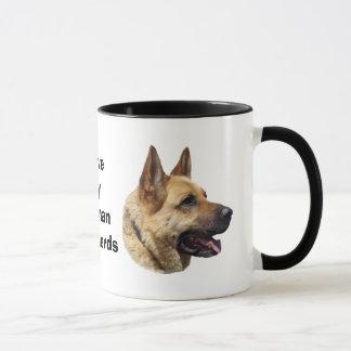 アルザスのジャーマン・シェパード犬のポートレート マグカップ