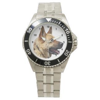 アルザスのジャーマン・シェパード犬 腕時計