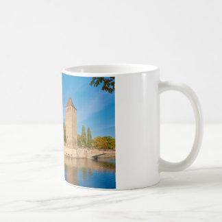 アルザスストラスブールヘンリータワーのPontの封筒 コーヒーマグカップ