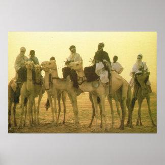 アルジェリアの砂漠のラクダのライダー ポスター