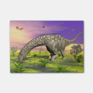 アルゼンチノサウルスの恐竜の食べ物- 3Dは描写します ポストイット