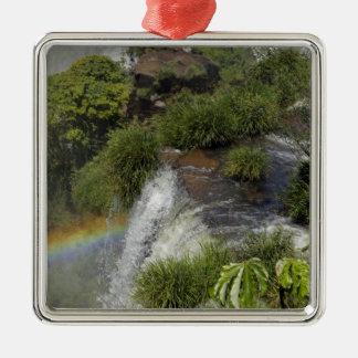 アルゼンチン、Iguacuの滝。 Iguacuの虹 メタルオーナメント
