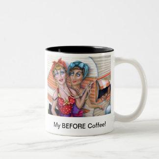 アルマリー著コーヒー・マグの前のトレーラーの屑 ツートーンマグカップ